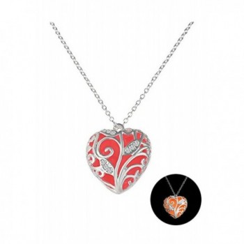 Durcoo Fashion Women Glow in Dark Love Heart Pendant Necklace Luminous Jewelry - Red2151 - CO189UGWQER