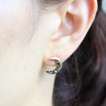 Laonato Crescent Moon Black Earrings in Women's Stud Earrings
