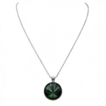 Rosemarie Collections Shamrock Cabochon Necklace