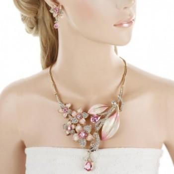 EVER FAITH Hibiscus Necklace Gold Tone