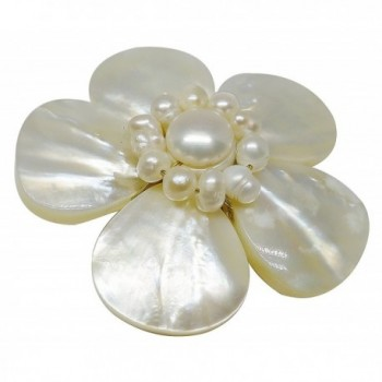 Bijoux Ja Mother Pollen Flower in Women's Brooches & Pins