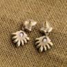 Daisy Fashion Jewelry Luxury Earrings in Women's Stud Earrings